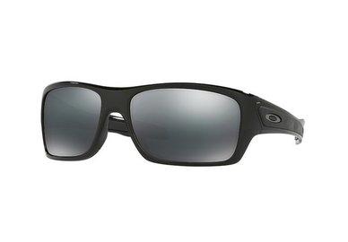 Sluneční brýle Oakley OO9263-03