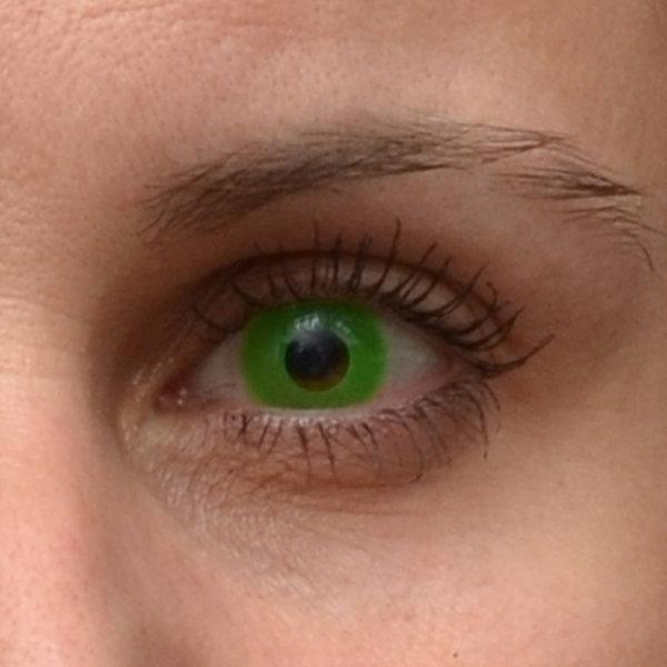 27c7d5c6b ... ColourVue Crazy čočky UV svítící - Glow Green (2 ks roční) -  nedioptrické